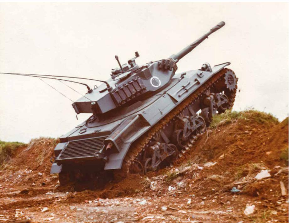 Tanque Biselli X1, uma atualização tão profunda que gerou uma nova designação. Fonte: Anfir - 35 Anos [1]
