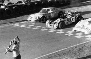 Piquet largando no Pelézão ao lado de um Puma e um Avallone, em 1972. Fonte: Mocambo [5].