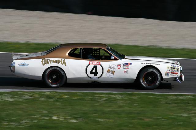 Charger_NASCAR_Le_Mans