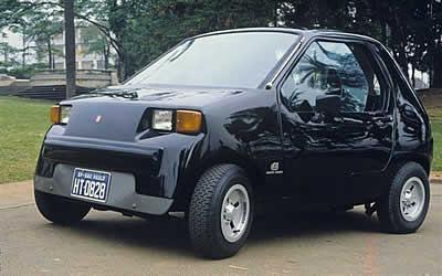 Primeiro carro nacional com partida a frio sem tanquinho, o Dacon 828 teve apenas 48 unidades produzidas. Fonte: Arquivo Pessoal [3].