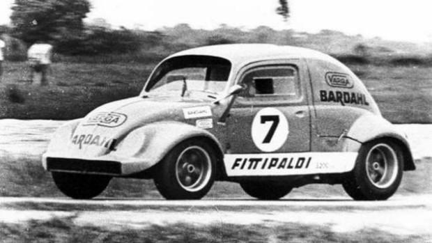 O incrível Fitti-Fusca projeto por Ricardo Divila em parceria com Ary Leber e Nelson Brizzi para os irmãos Fittipaldi. Fonte: Flatout [2]