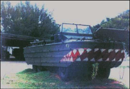 Unidade do DUKW que serve ao exercito brasileiro. Fonte: Âncoras e Fuzis [2].